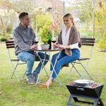 Relaxdays Ensemble table ronde et 2 chaises de jardin pliables en bois marron brun balcon terrasse, rouge brun de la marque Relaxdays image 1 produit